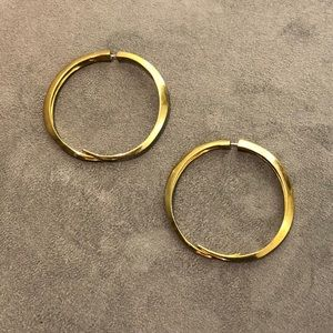 GOLD HOOPS NEVER WORN NWT